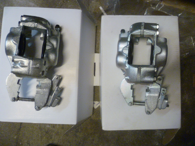 Maserati  3500 Front/Rear Calipers  Girling