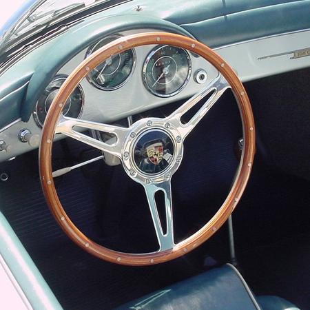 Posche 356  Steering Wheel  Complete Moto Lita